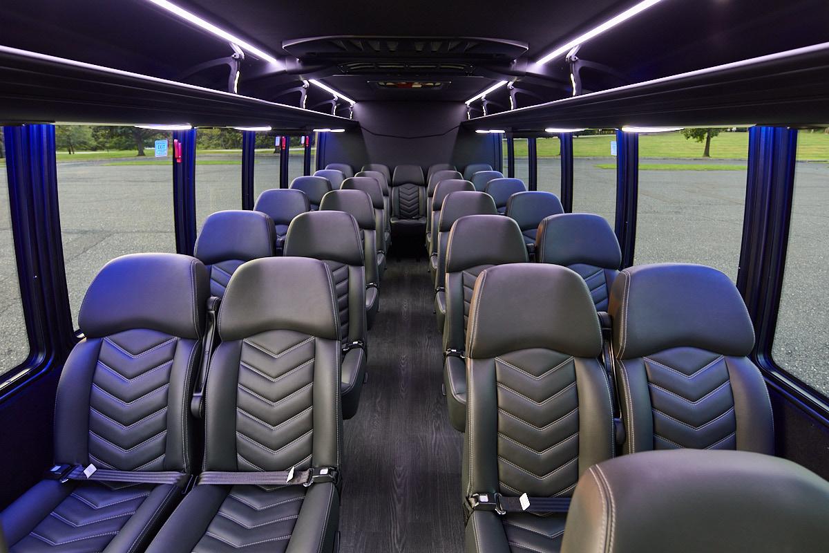 28-pax-mini-bus-2020-2